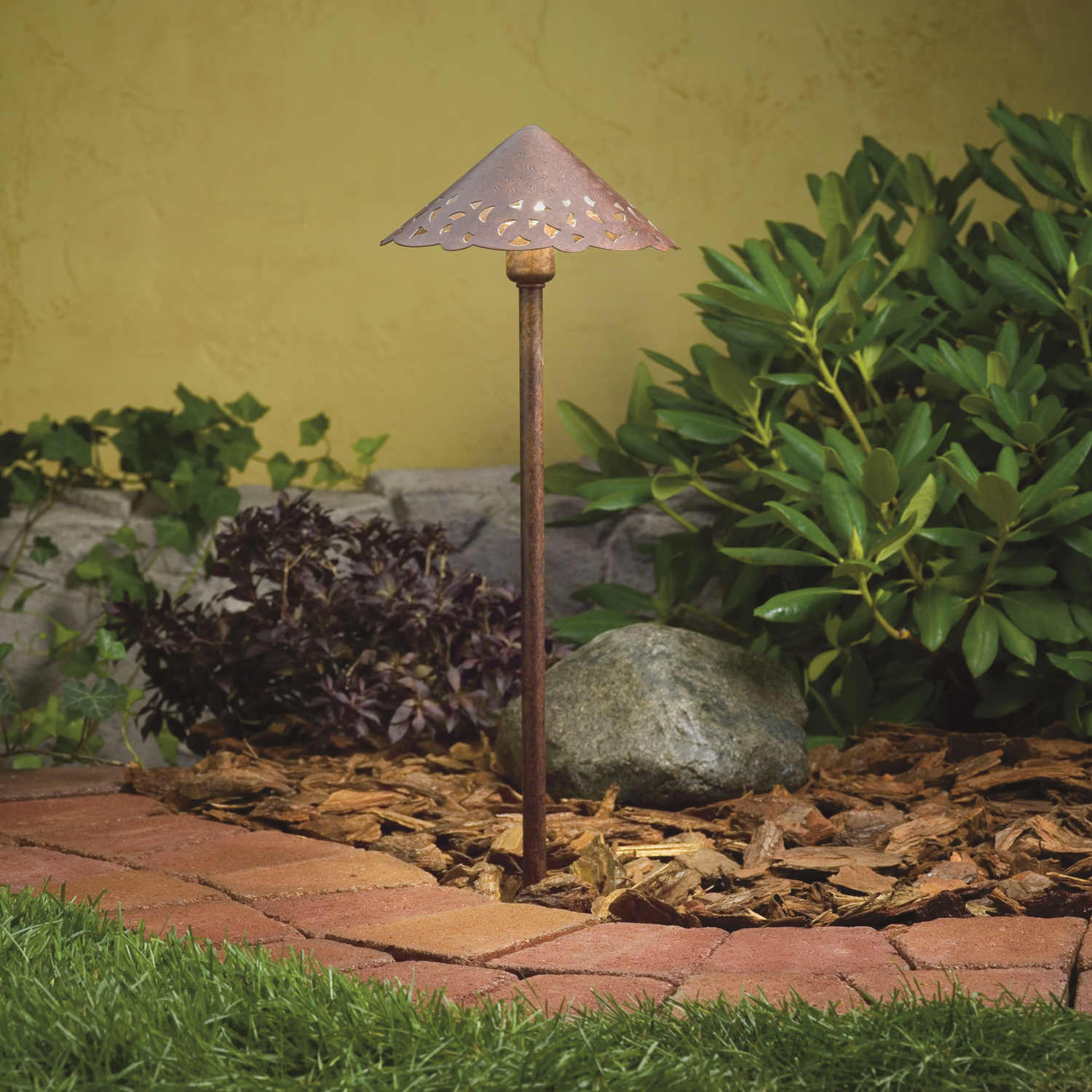 Landscape Lighting Hub System : How to add lights an existing outdoor lighting system